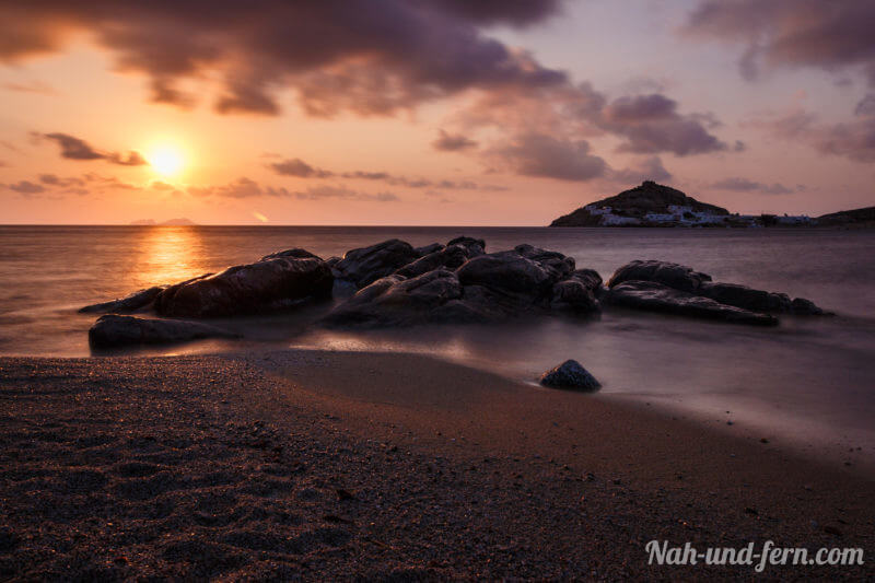 Sonnenaufgang am Kalafati Beach Mykonos